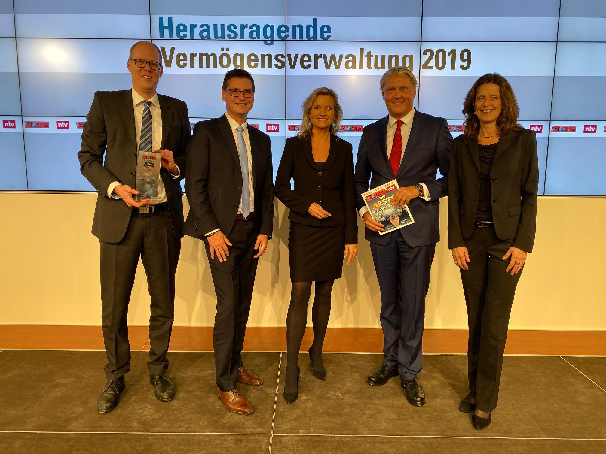 """Private Banking der Sparkasse Düren für """"herausragende Vermögensverwaltung 2019"""" ausgezeichnet"""